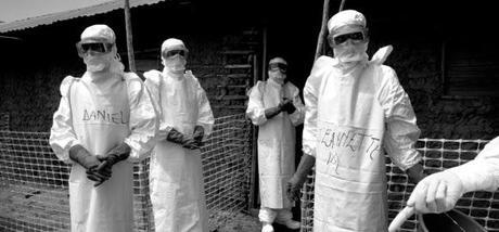 Ébola: equipos de protección y protocolos