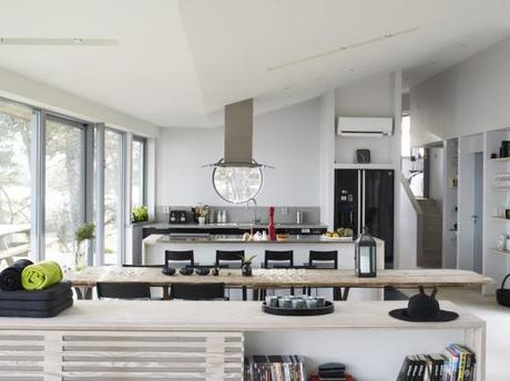 Moderna casa de madera junto al lago paperblog - Salones abiertos ...