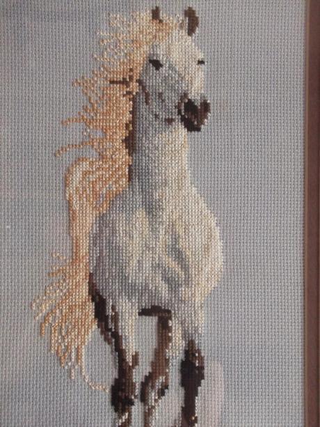 Cuadro de caballo en punto de cruz paperblog for Cuadros cocina punto de cruz
