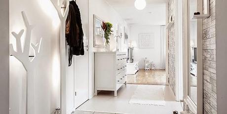 Un piso de estilo n rdico rom ntico en blanco y gris - Piso blanco y gris ...