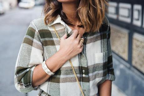 Plaid_Dress-Snake_Bag-Isabel_Marant_Boots-Outfit-Street_Style-37