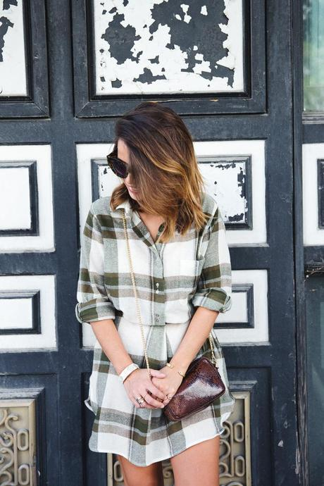 Plaid_Dress-Snake_Bag-Isabel_Marant_Boots-Outfit-Street_Style-