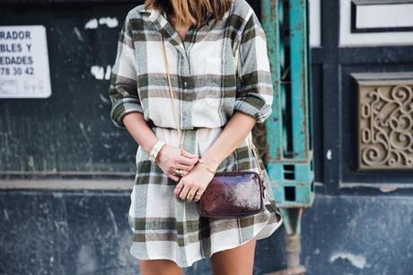 Plaid_Dress-Snake_Bag-Isabel_Marant_Boots-Outfit-Street_Style-31