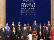 Dña. Letizia, segundo Varela, premiados Oviedo