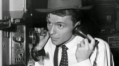 Frank Sinatra: Simpatía por el comunismo, la caza de brujas y el Macarthismo (parte dos)