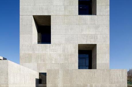 Centro de Innovación UC en Santiago de Chile, de Anacleto Angelini & Alejandro Aravena
