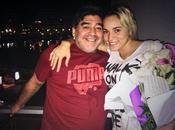 Difunden video donde Maradona agrede novia, Rocío Oliva