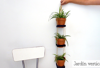 C mo hacer un jard n o huerto vertical paperblog for Como se hace un jardin vertical