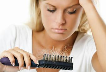 Por qu se nos cae m s el cabello en oto o paperblog - En que meses se cae mas el pelo ...