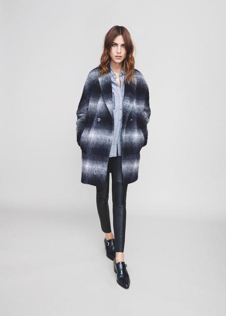 Abrigo oversized de lana con silueta cocoon en cuadros grises, de la colección de Tommy Hilfiger con Alexa Chung como editora invitada (EL FAVORITO DE MODAESMODA!!)