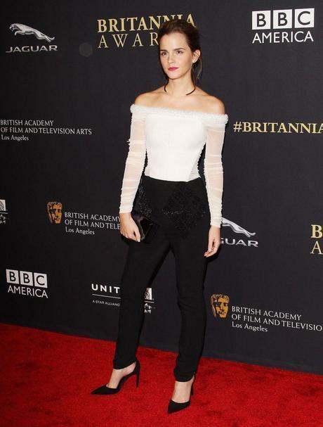 Emma Watson en los BAFTA, con un look de la colección de primavera verano 2015 de Balenciaga.