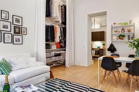 Armarios lowcost con cortinas paperblog for Cortinas para salones pequenos