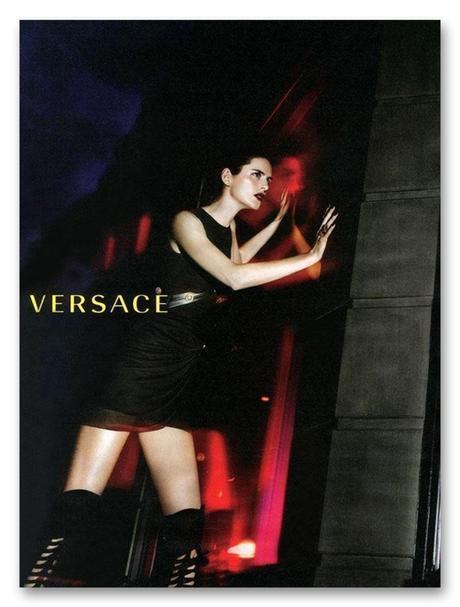 Stella Tennant para Versace FW 2014.