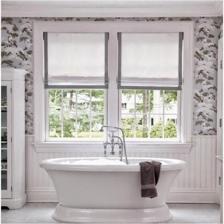 Small lowcost cortinas en la ventana del ba o paperblog - Cortina para ventana de bano ...