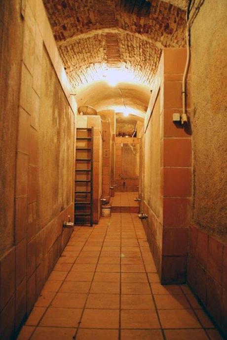 bodega-pasillo-subterranea