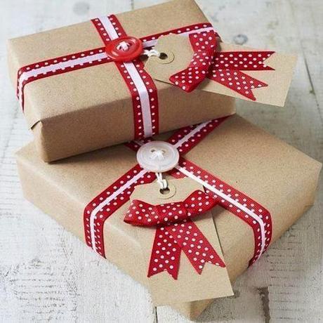 C mo envolver regalos de navidad ideas creativas paperblog - Envolver regalos de navidad ...