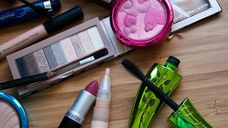 iHerb | Maquillaje de diario + Julia Phoenix