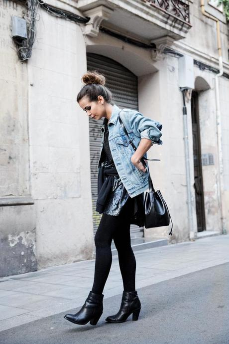 Urban_Outfitters_Barcelona-Opening_Store-Collage_Vintage-Sequins_Dress-Outfit-Street_style-12
