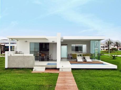 Casa moderna en la playa palabritas paperblog for Decoracion de casas de playa modernas