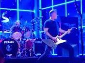 Metallica tocan directo 'Sad True' televisión