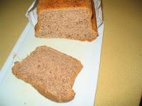 Pan de molde integral con nueces