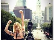 Nuestra bloguera moda @Loqllevelarubia trae hoy… Victory