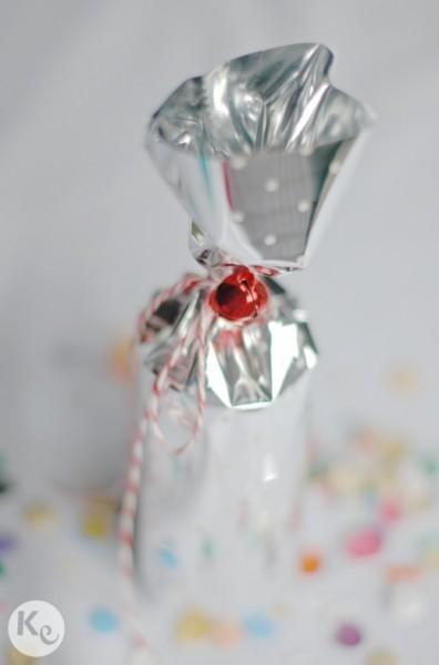 Wrapping little gifts