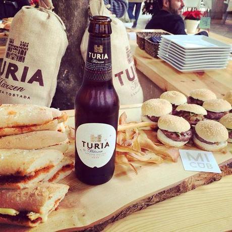 Foto: Mimos bloggeriles #ShopeningNight #brunch #blogging #valencia #CervezaTuria #MiClub #misspersonalchopped  Turia Marzen VALENCIA SHOPENING NIGHT