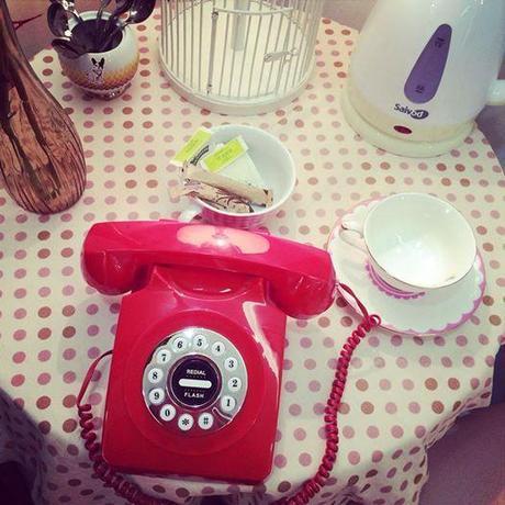 Foto: Segunda parada... Dolores Promesas! ❤️ Elegiendo mis looks para la #ShopeningNight #blogging #Friday #blogger #DoloresPromesas #red #fashion #misspersonalchopped VALENCIA SHOPENING NIGHT