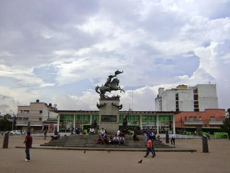 La Plaza Barrios