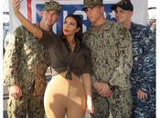 Kardashian visita tropas estadounidenses Dabi