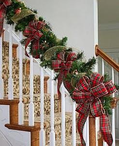 consejos para decorar tu escalera por navidad