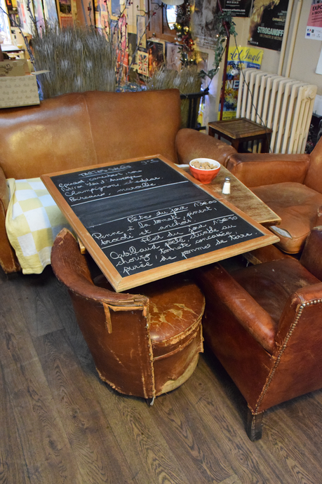 Contin a la tendencia muebles vintage en paris le loir for Muebles paris