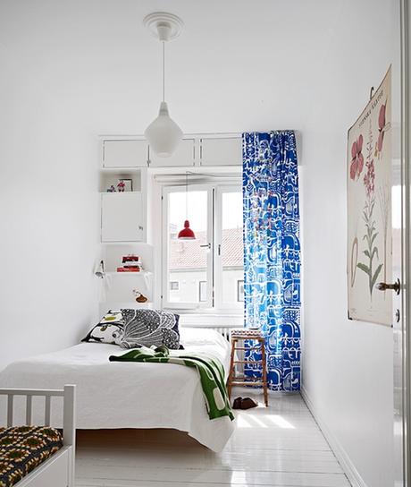 Estores y cortinas en la decoraci n escandinava paperblog for Cortinas opacas blancas