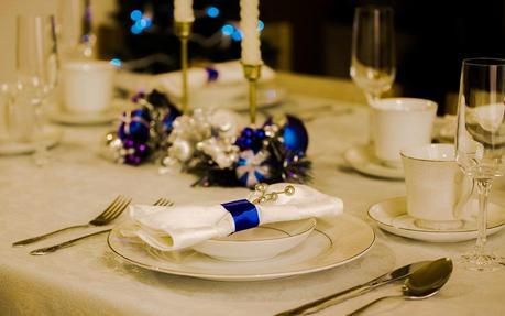 como decorar la mesa en navidad tips originales