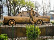 Monumento Taxista Monument Taxi Driver