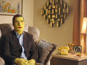 Skittles presenta hombre impactado arcoiris