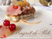 Magret Pato sobre Crema Foiè Reducción Mistela Mandarina Picante.