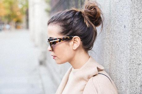 Maxi_Coat-Reformation_Sweater-Vintage_Levis-Outfit-Street_Style-Collage_Vintage-80Karen_Millen-Chrismas_Wishlist-Collage_Vintage-Leather_Skirt-Burgundy_Bag-Silver_Blazer-Outfit-Street_Style-