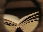 Libro. Historia papel arrugado sueña libro