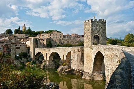 Besalú, una visita a la Cataluña medieval a través de uno los rincones más curiosos