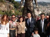 Cristiano Ronaldo inaugura estatua Madeira