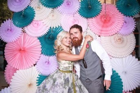 Una boda de bienvenida al 2015 dorada y el photocall - Photocall boda casero ...