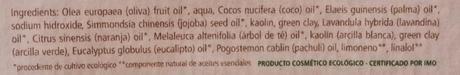 Cuidando la piel mixta-grasa con NATURAVIA