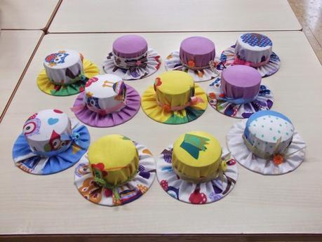 Sombrero alfiletero realizado con los ni os paperblog - Decoracion de sombreros ...