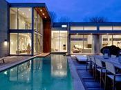 Villa minimalista en terreno en pendiente paperblog for Casa nueva minimalista