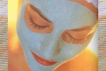 La máscara para la persona con las levadura secas y el peróxido