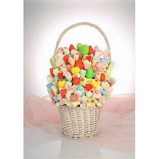 decorar con golosinas y caramelos en cestas