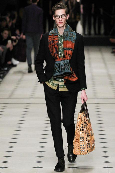 Burberry_Prorsum_fall_winter_2015_glamour_narcotico_lifestyle_and_fashion_blogger (15)