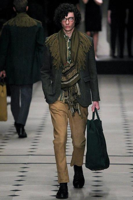 Burberry_Prorsum_fall_winter_2015_glamour_narcotico_lifestyle_and_fashion_blogger (4)